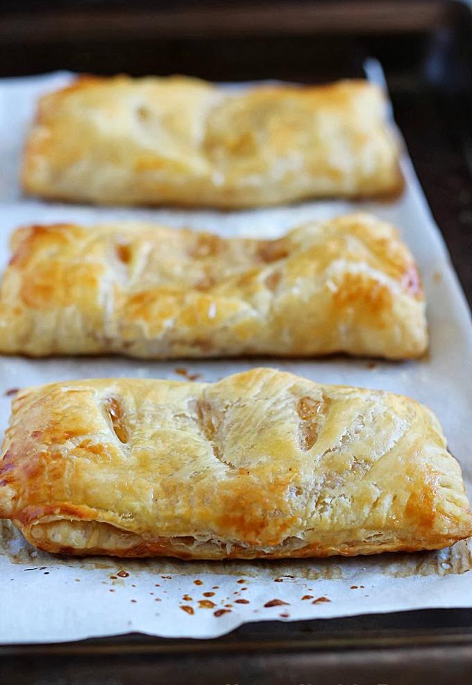 Apple Hand Pies via Yummy Healthy Easy .