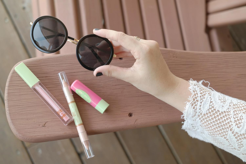 Target-Style-Beauty-Labor-Day-Summer-Lace-Sunglasses---glitterinc.com
