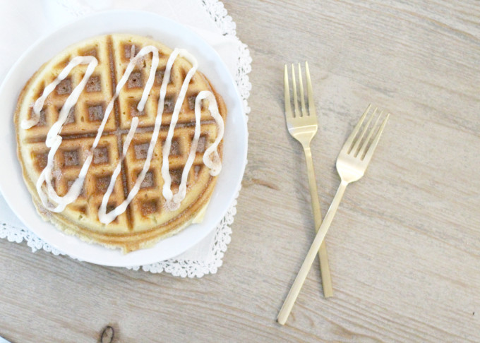 cake-mix-cinnamon-roll-waffles-with-vanilla-drizzle-frosting---glitterinc.com