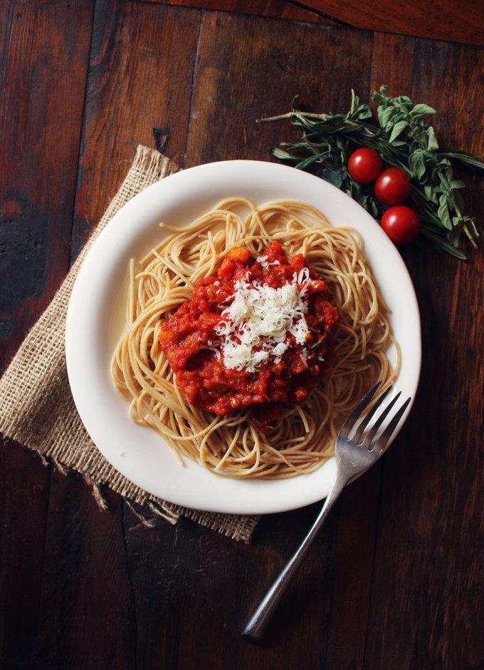 classic-homemade-tomato-sauce