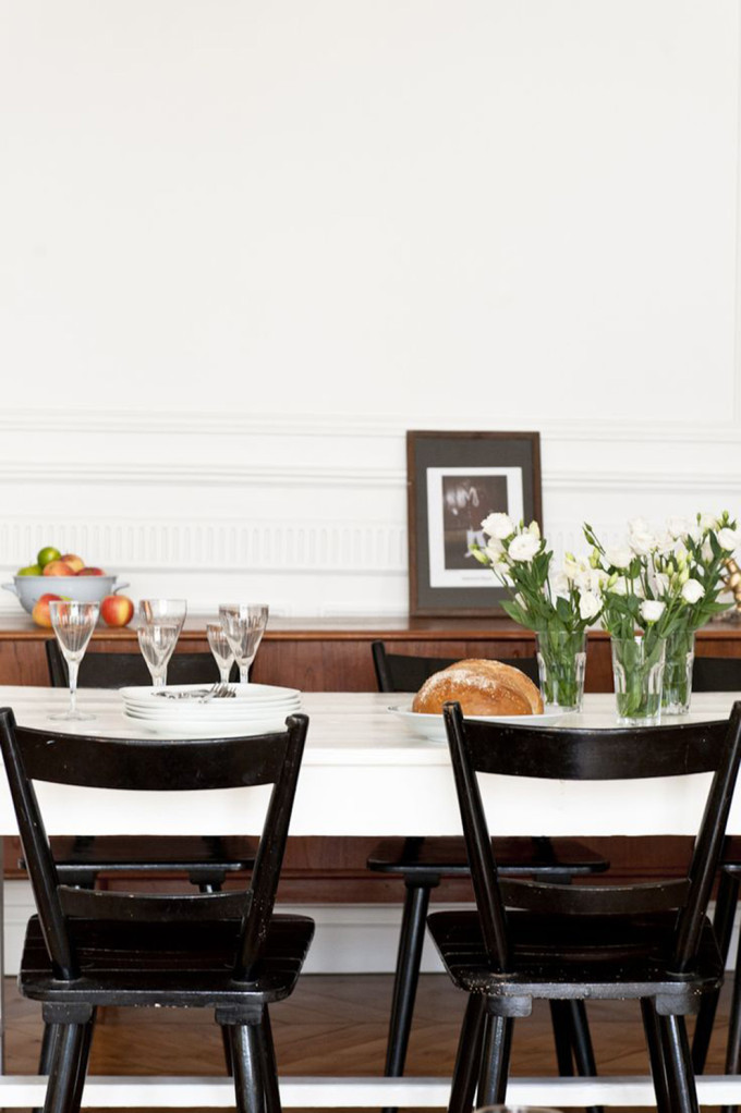 french-apartment-dining room table