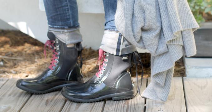 Bogs-Black-Rubber-Rain-Boots