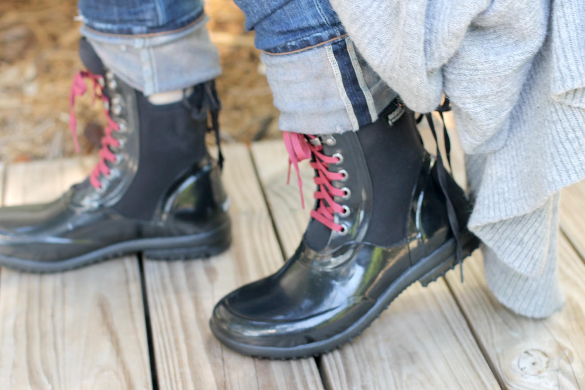 Bogs-Footwear---black-rubber-rain-boots