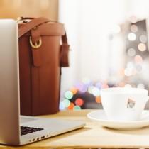 Facebook Dislike Button - Computer - Social Media - the business of blogging - glitterinc.com