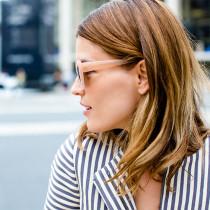 HANNELI-MUSTAPARTA---nude-sunglasses-and-tory-burch-striped-blazer