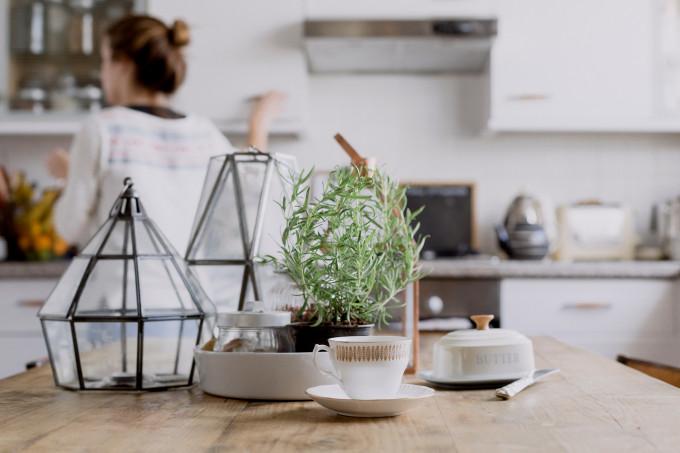 Weekend Labor Day Sales - Brunch Coffee Tea in the Kitchen