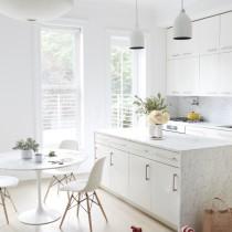 jessie-randall-loeffler-randall-white-kitchen
