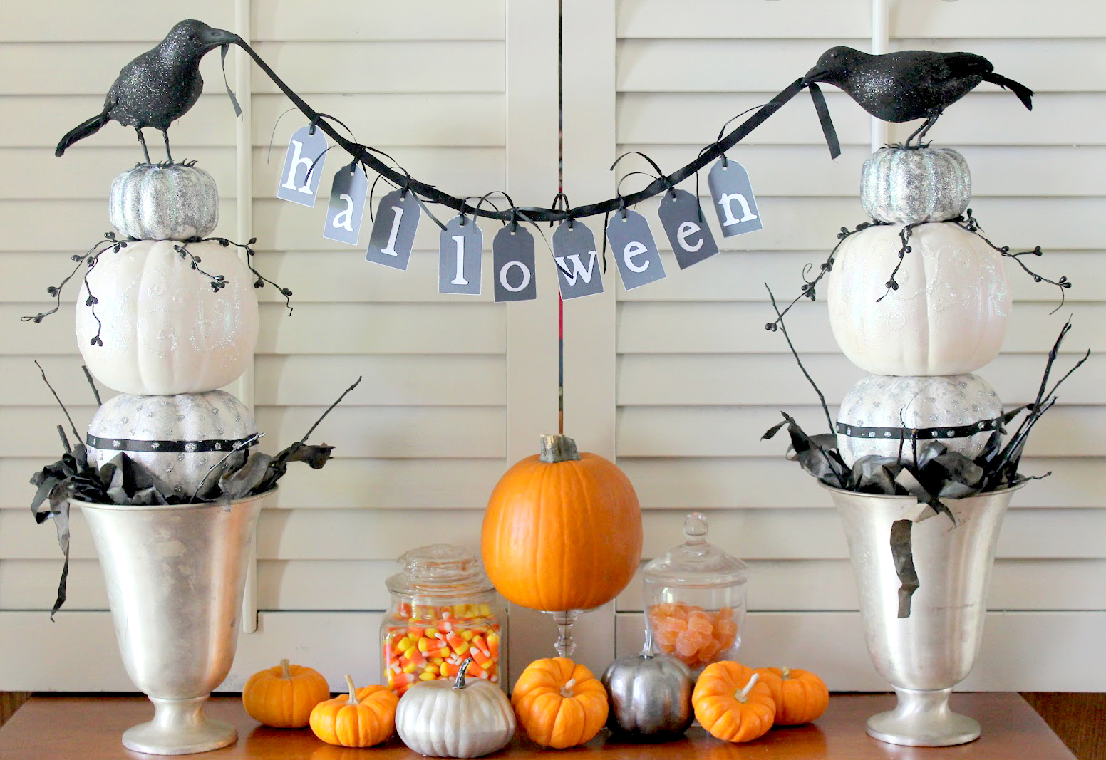 DIY Pumpkin Topiaries for Halloween