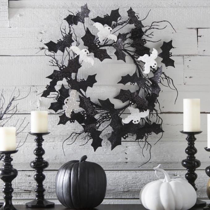 Halloween Glitter Bats and Ghosts Wreath