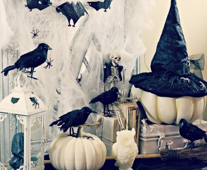 Witch's Workshop Halloween Decor