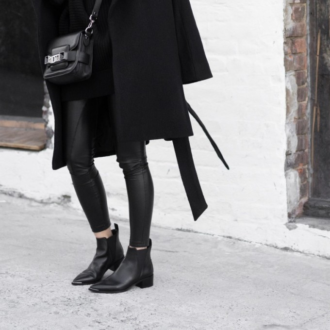 all black outfit - street style - low block heel ACNE STUDIOS JENSEN SUEDE BOOTIES