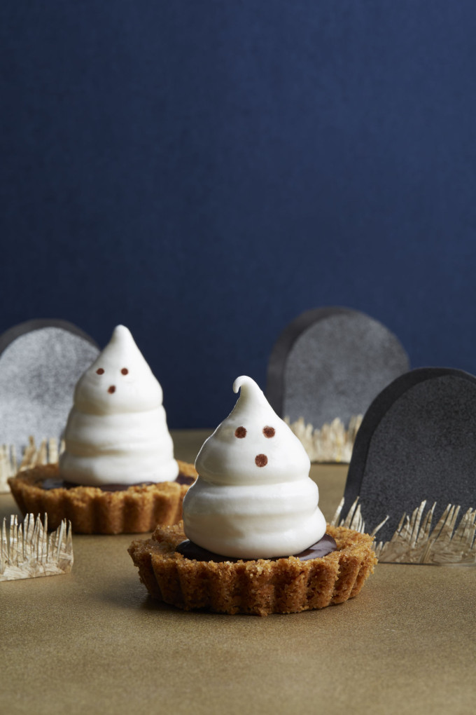 meringue ghost chocolate ganache tartlets