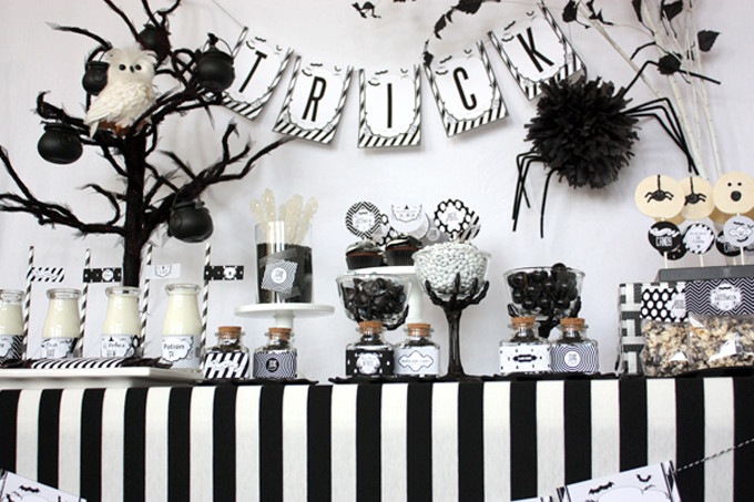 Spooky Sweet Black and White Sophisticated Halloween Party - Printable Collection