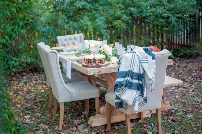 Lush Outdoor Thanksgiving (Friendsgiving) Dinner Party