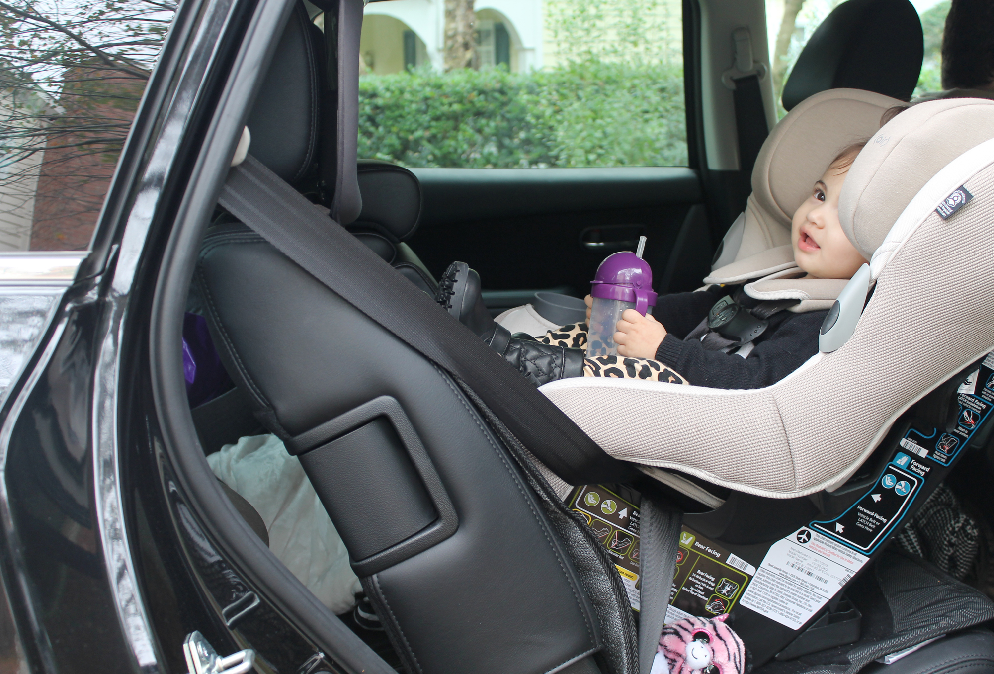 Scarlett-in-her-Maxi-Cosi-Ribble-Knit-Pria-85-car-seat