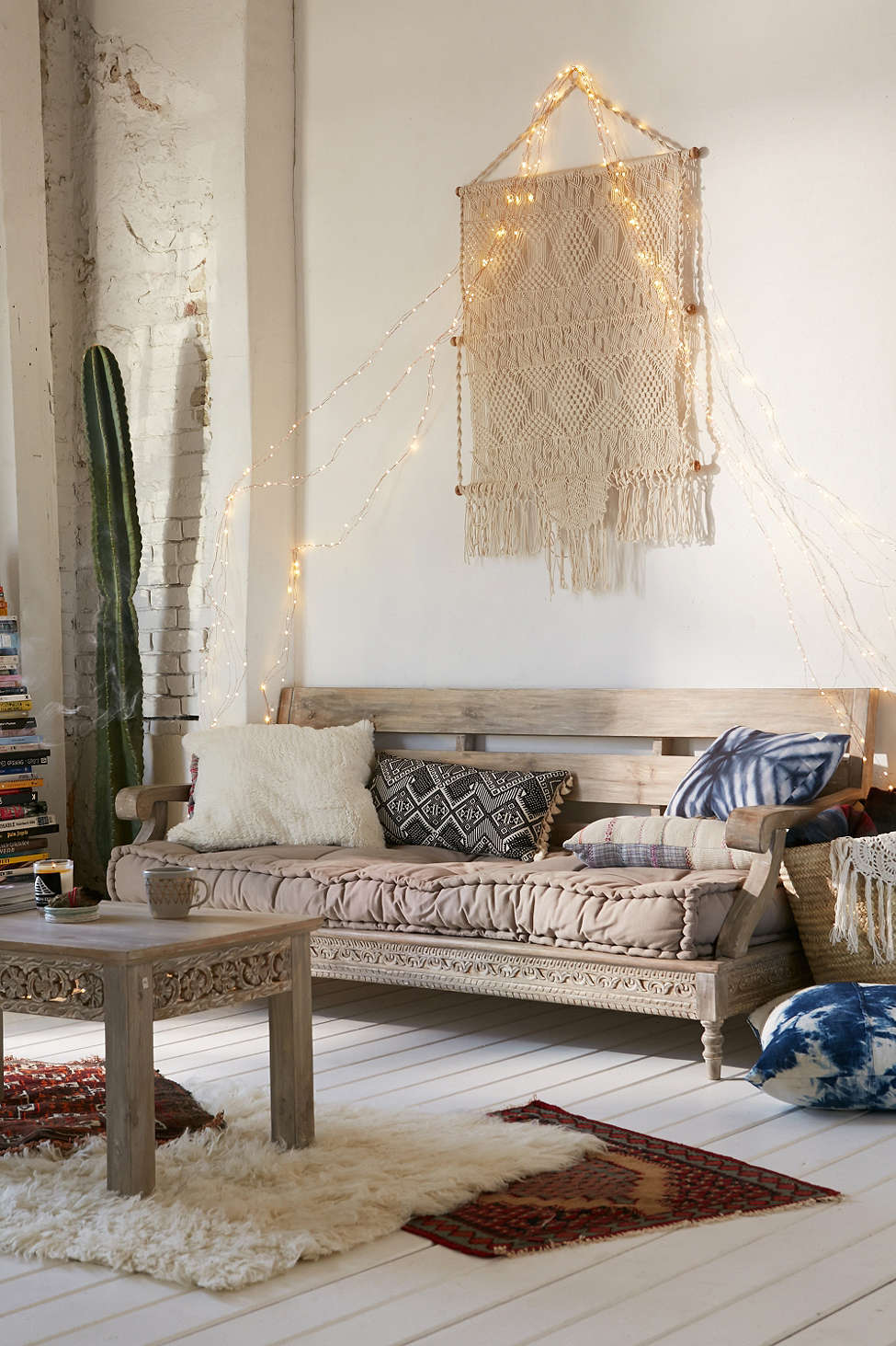 Interior Design Dreaming: The Daybed (plus so many more gorgeous options!) - Magical Thinking Bohemian Daybed - Outdoor Patio Deck Design