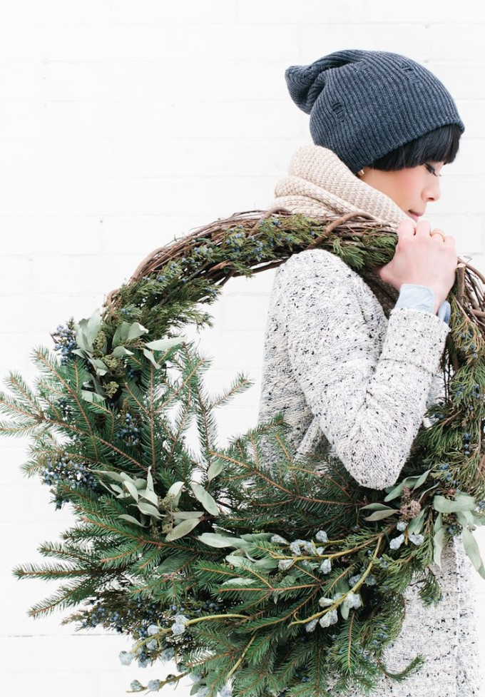 Green Rustic Winter Holiday Wreath