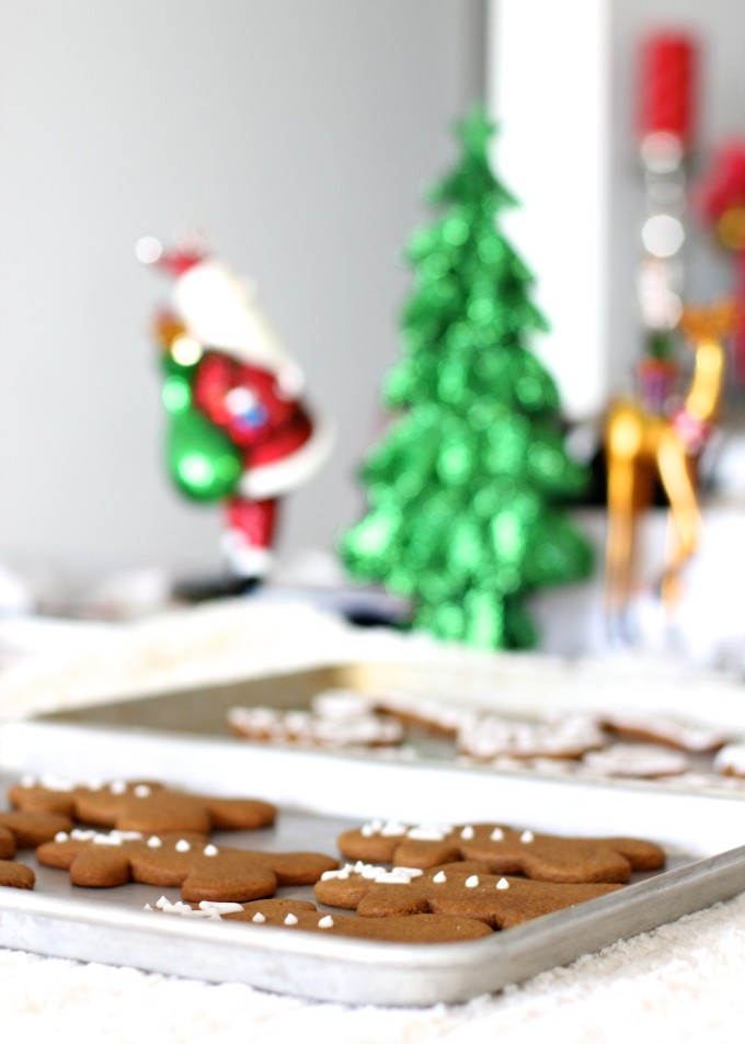 How to Make Frosted Chewy Gingerbread Cookies