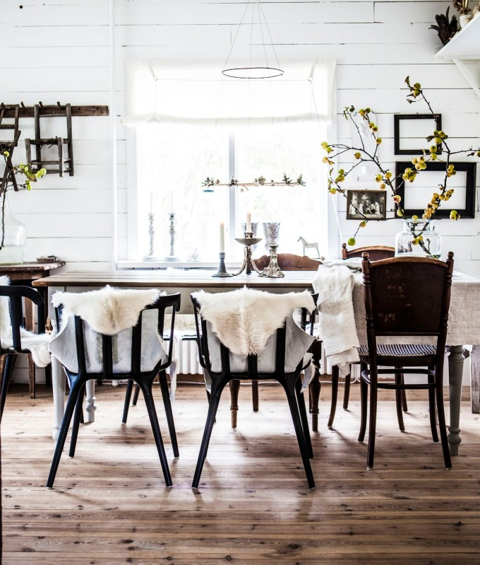Rustic Winter Holiday Dining Room