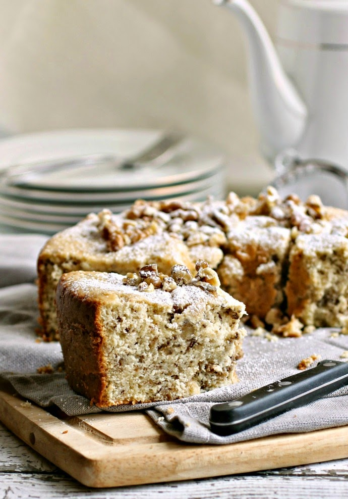 Planning the Menu - 22 Amazing Hannukah Recipes: Walnut Cake