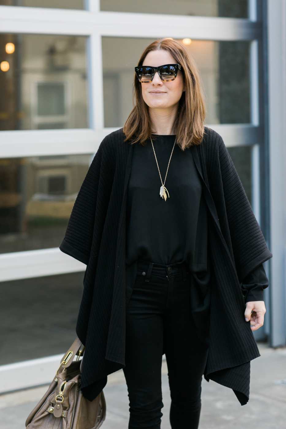 All Black Street Style Outfit
