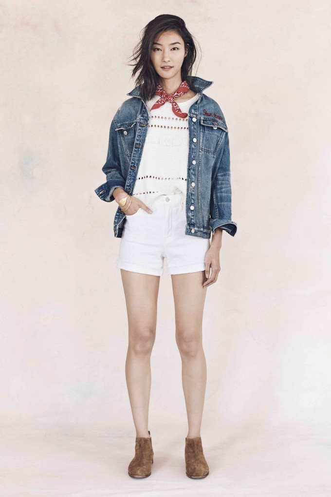 Madewell just released their spring 2016 collection, and trust me, you are going to be clamoring for every single piece. It's just so wearable. - Madewell Spring 2016 Lookbook - Denim and White