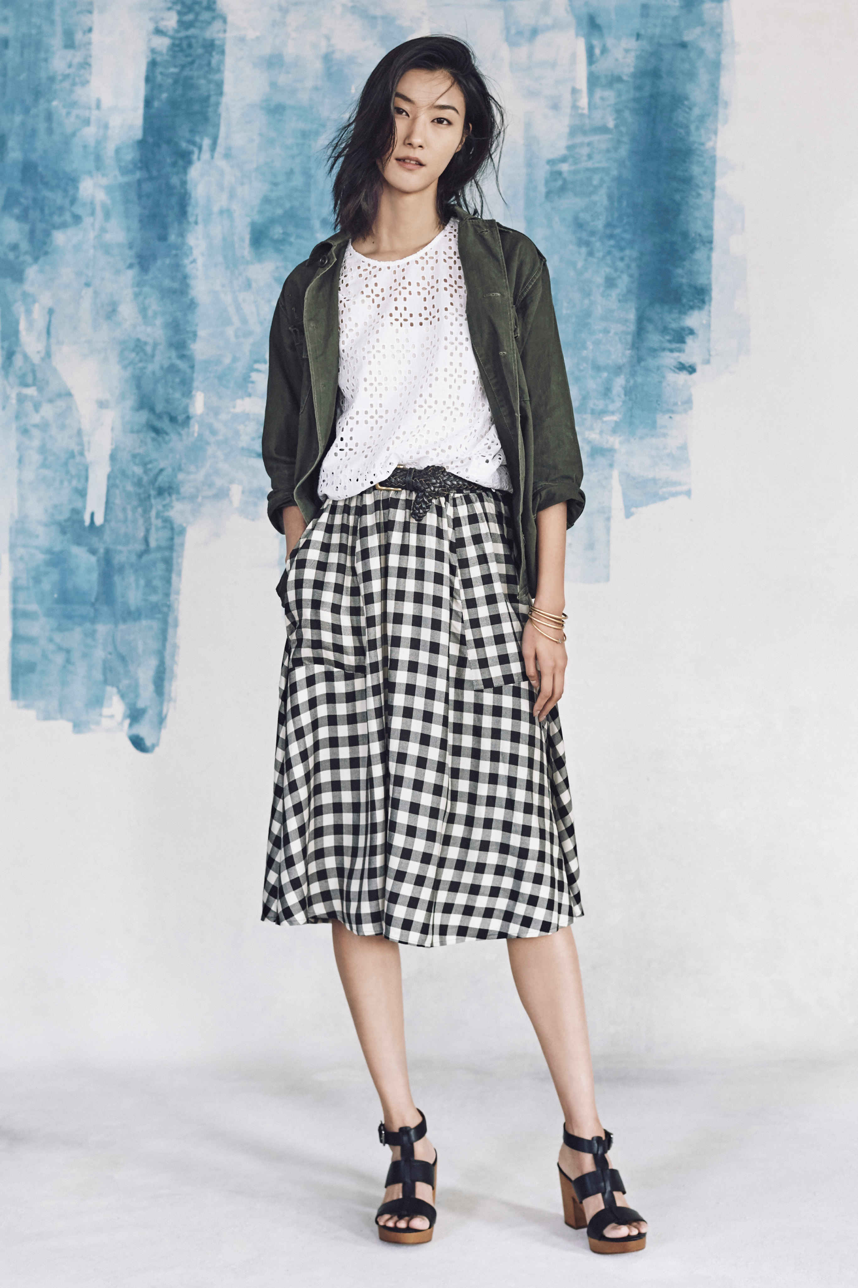 Madewell just released their spring 2016 collection, and trust me, you are going to be clamoring for every single piece. It's just so wearable. - Madewell Spring 2016 Lookbook - Gingham