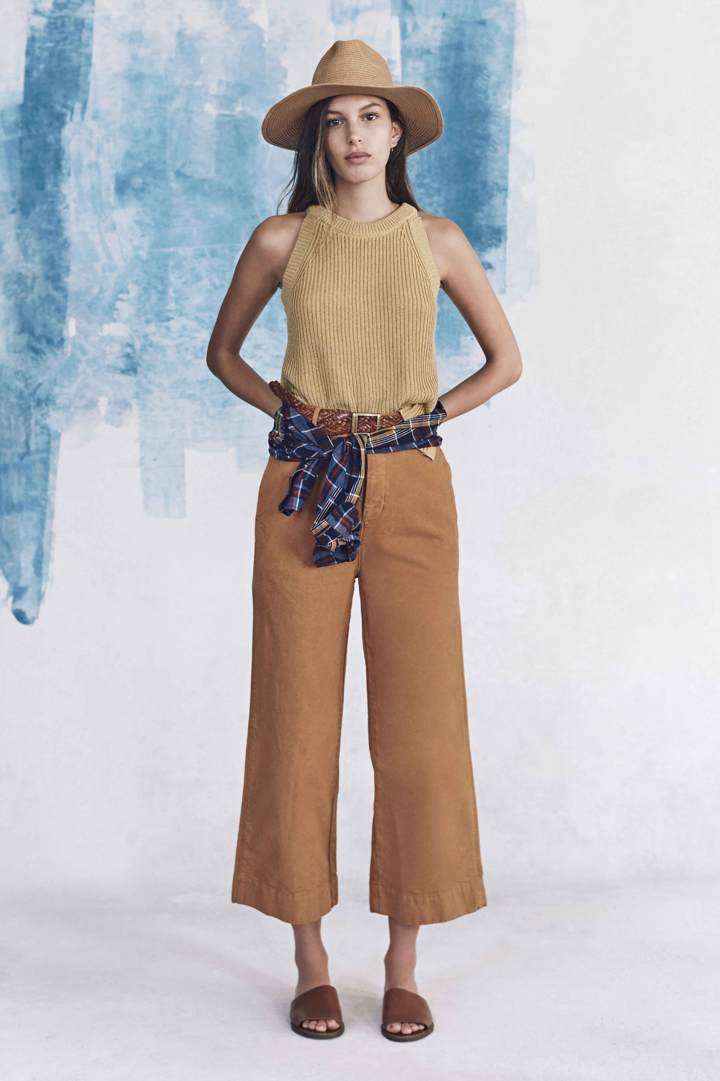 Madewell just released their spring 2016 collection, and trust me, you are going to be clamoring for every single piece. It's just so wearable. - Madewell Spring 2016 Lookbook - Tone on Tone
