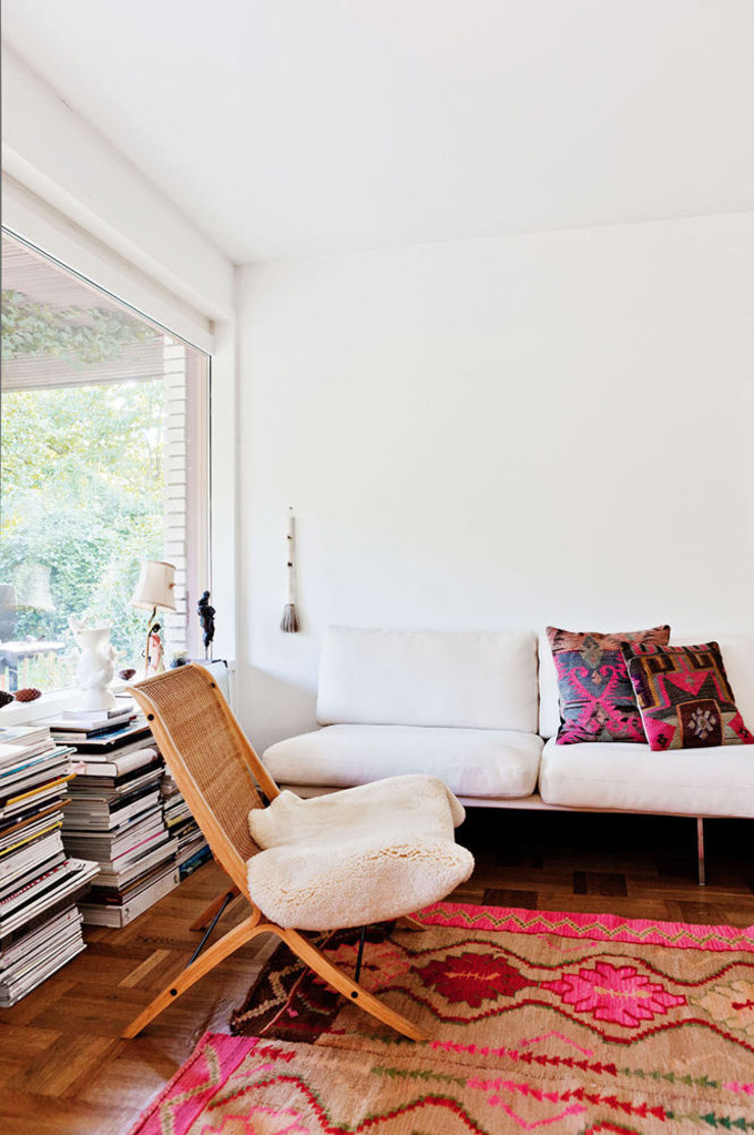 How to Add Pink to Your Home And Still Keep Your Guy Happy: A Pink Kilim Rug is Perfectly Balanced in this Living Room