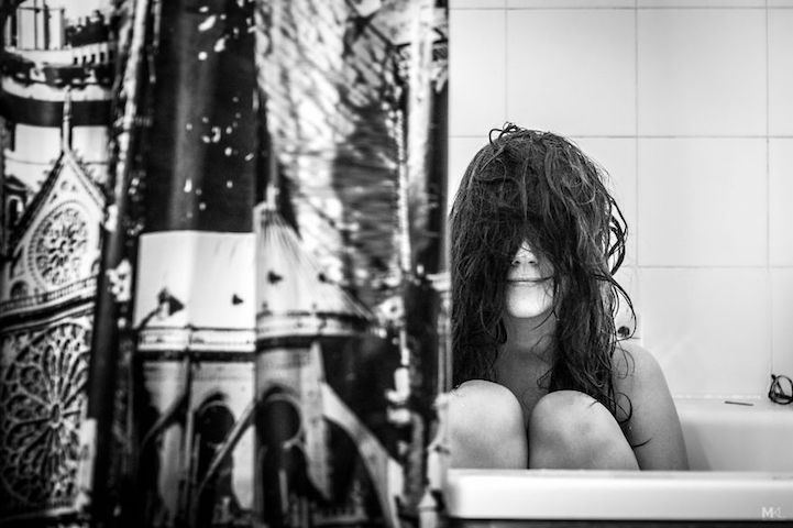 On Being Camera-Shy (and an Adorable Way to Remedy It) - camera shy girlfriend - bath tub hair - mikael theimer
