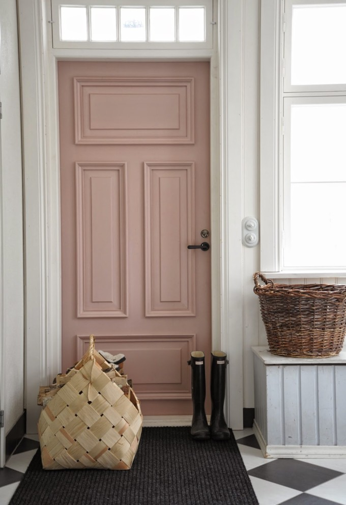 entryway - pink door - basket - hunter rain boots