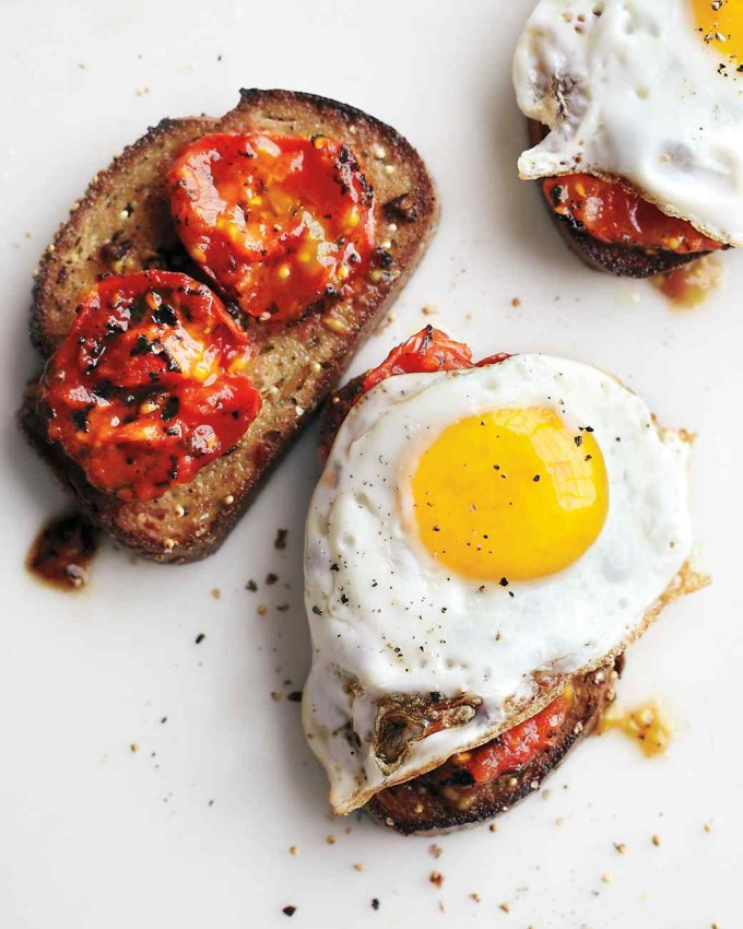 20 Favorite Egg Recipes / Ways to Eat Eggs (for Breakfast, Lunch and Dinner) - Charred Tomatoes with Fried Eggs on Garlic Toast