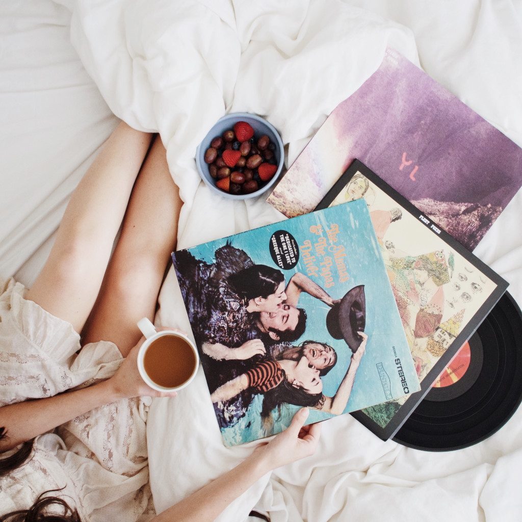 12 Inexpensive Valentine's Day Date Night Ideas (From the Comfort of Your Sofa): Coffee and Records in Bed