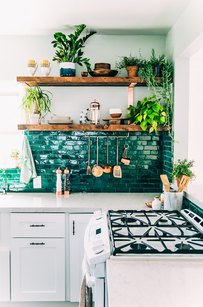 How to Style Copper in the Kitchen: Copper Details in the Kitchen