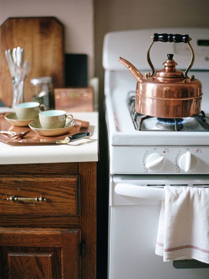 How to Style Copper in the Kitchen: Copper Tea Kettle in the Kitchen