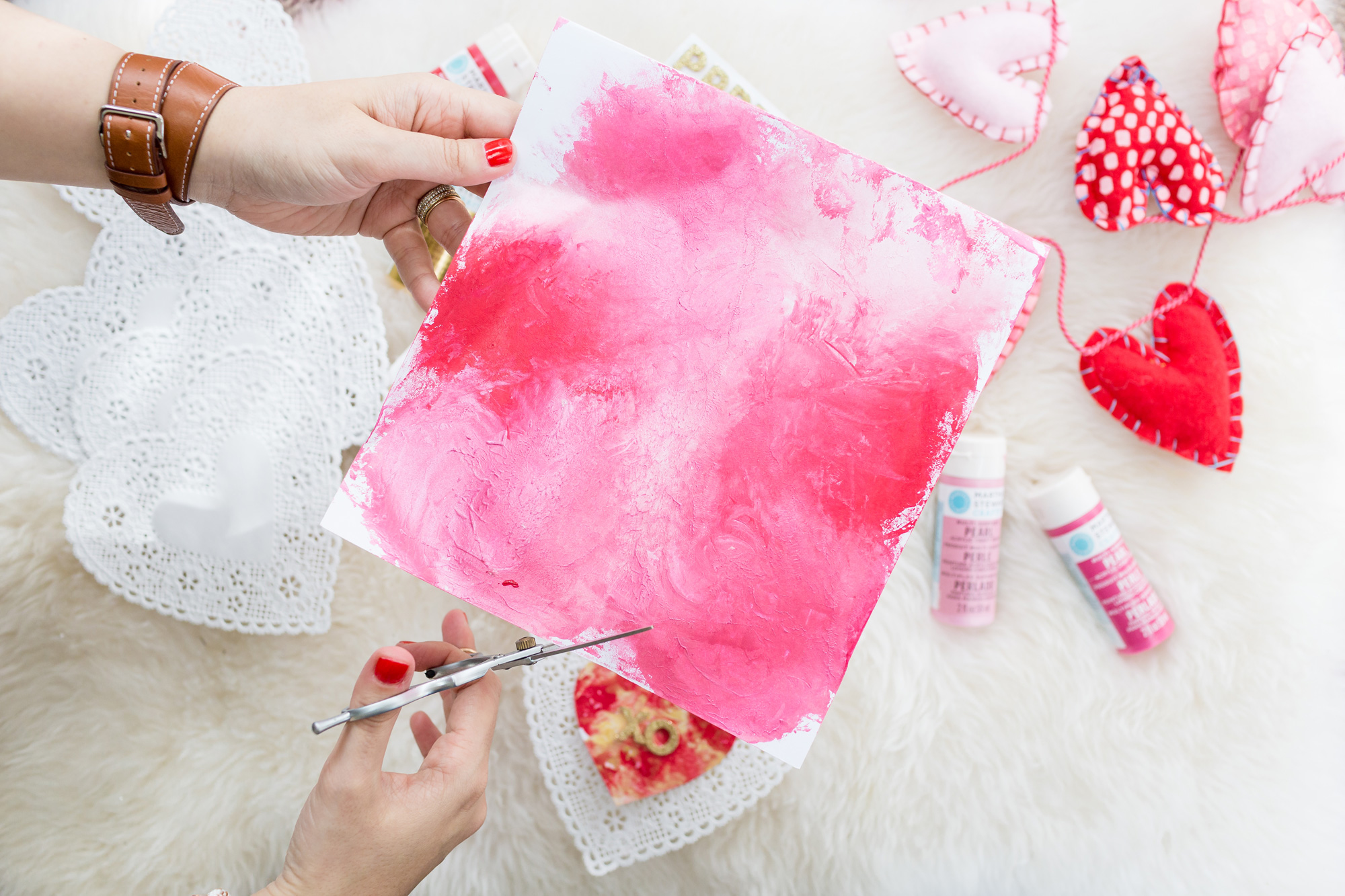 ToddlerFriendly and MessFree DIY Painted Valentines Day – Friendly Valentine Cards