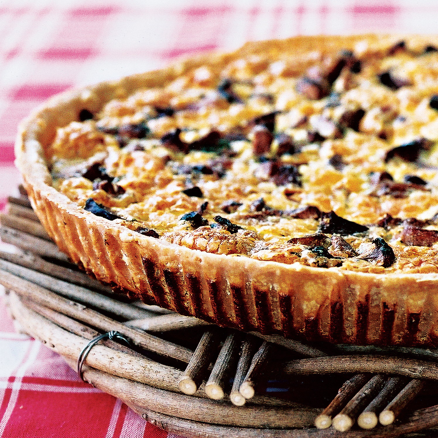 21 Favorite Brunch Recipes (Perfect for Easter!): Mushroom, Ham and Cheese Quiche