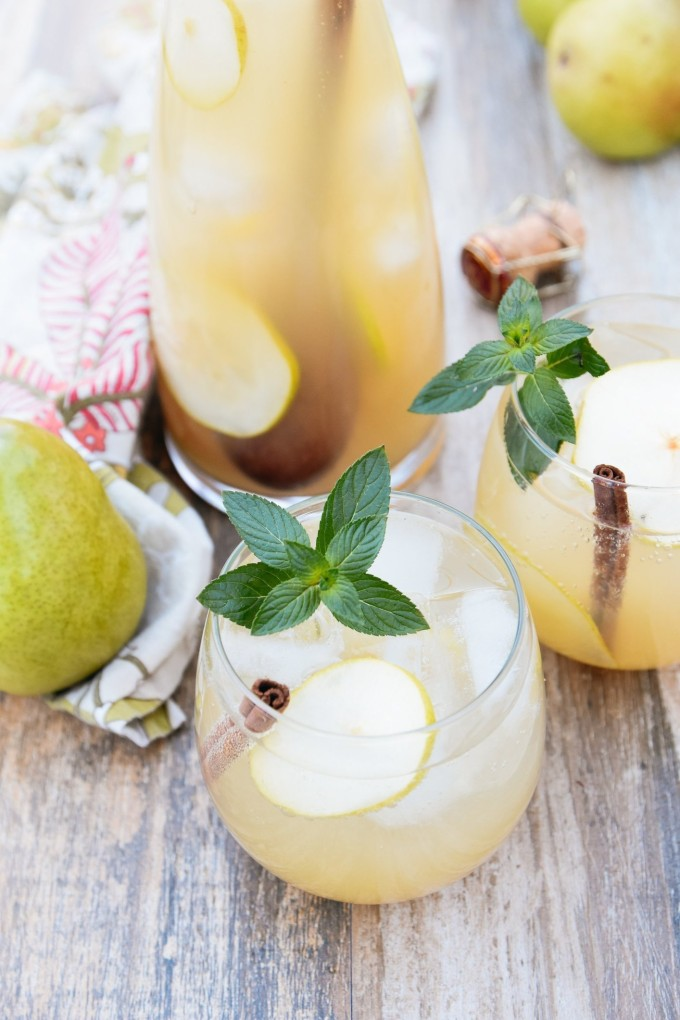 21 Favorite Brunch Recipes (Perfect for Easter!): Spiced Pear & Ginger Cocktail