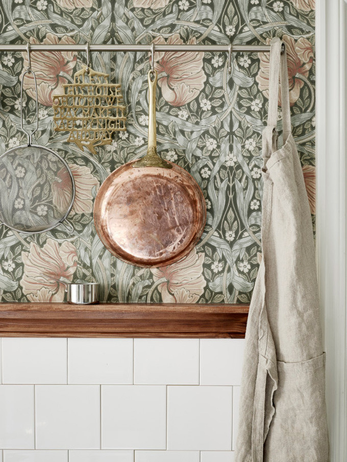 How to Style Copper in the Kitchen: Floral Paper Wall and Copper Pan in the Kitchen