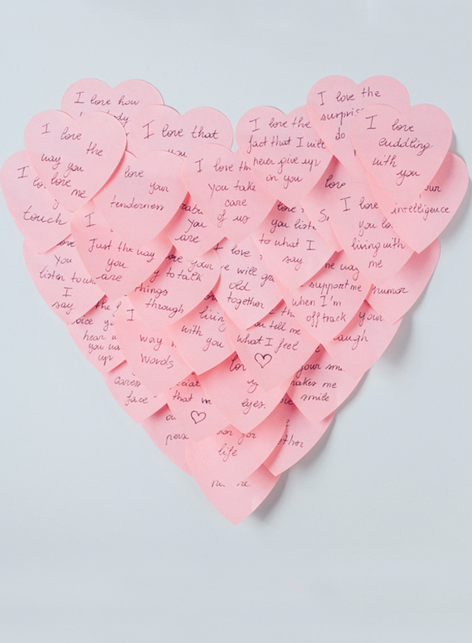 12 Inexpensive Valentine\'s Day Date Night Ideas (From the Comfort ...