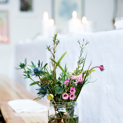 How to Make Simple DIY Flower Arrangements