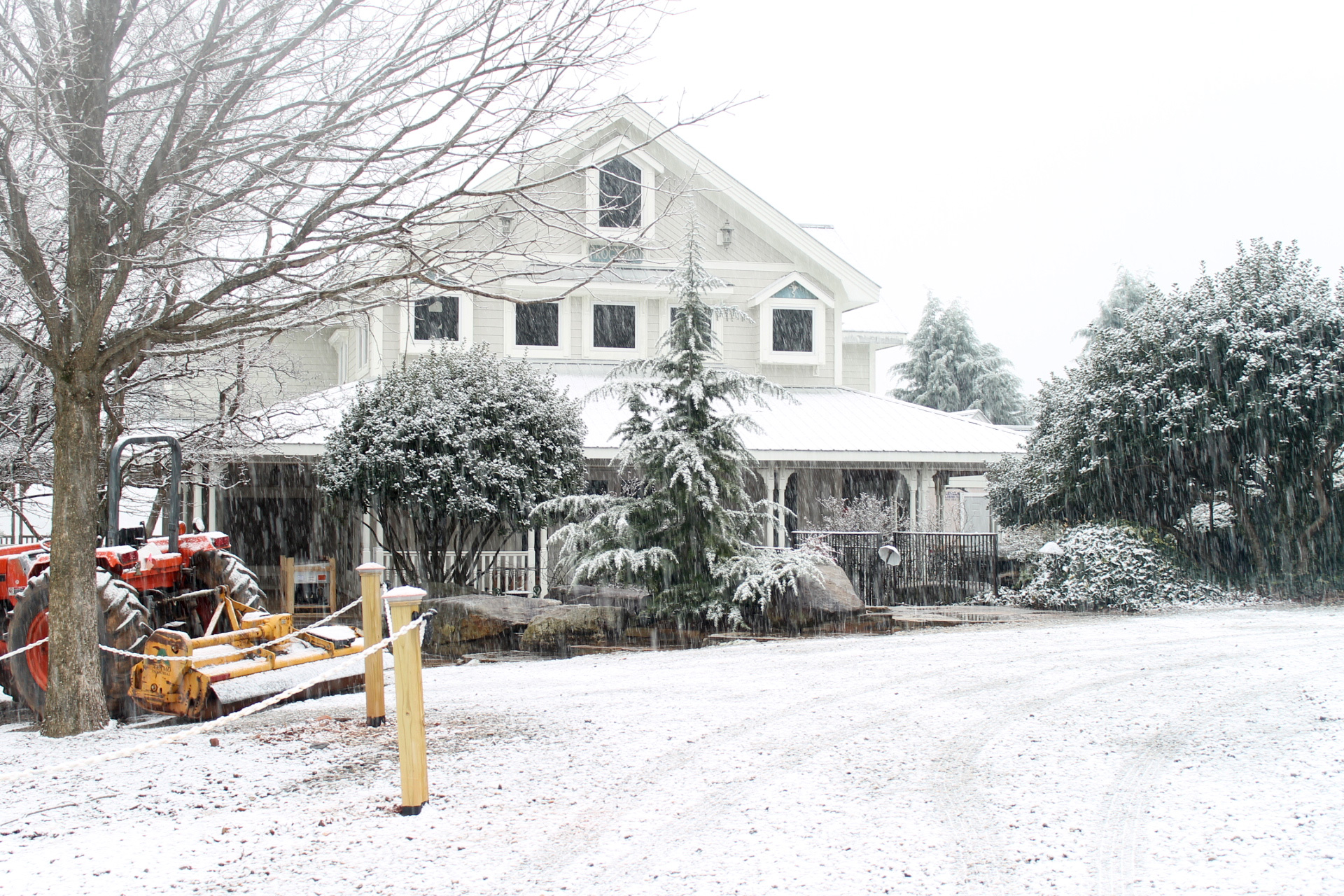 Frogtown Vineyard and Winery Covered in Snow