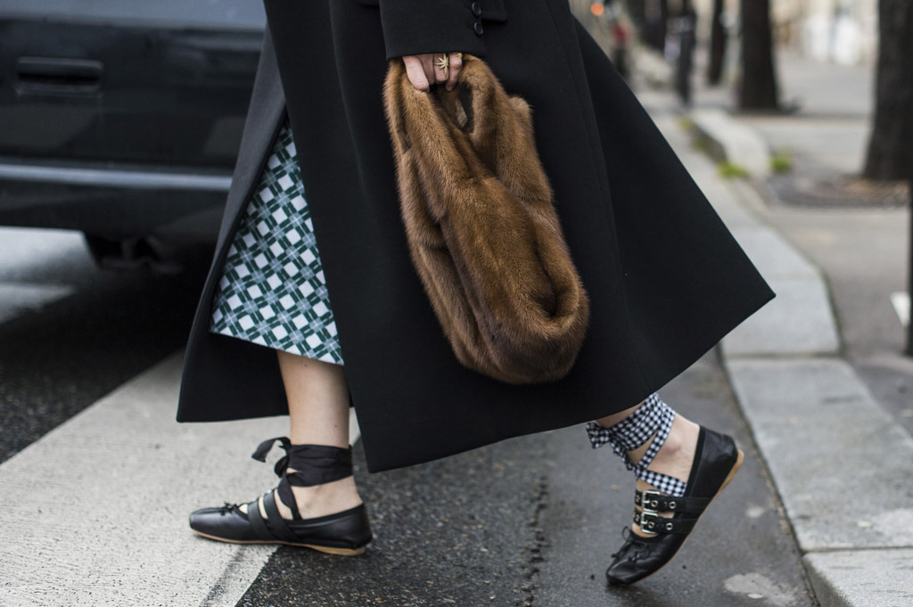 Miu-Miu-Black-Lace-up-Ballet-Flats-fashion-week-fall-2016-street-style-22.jpg