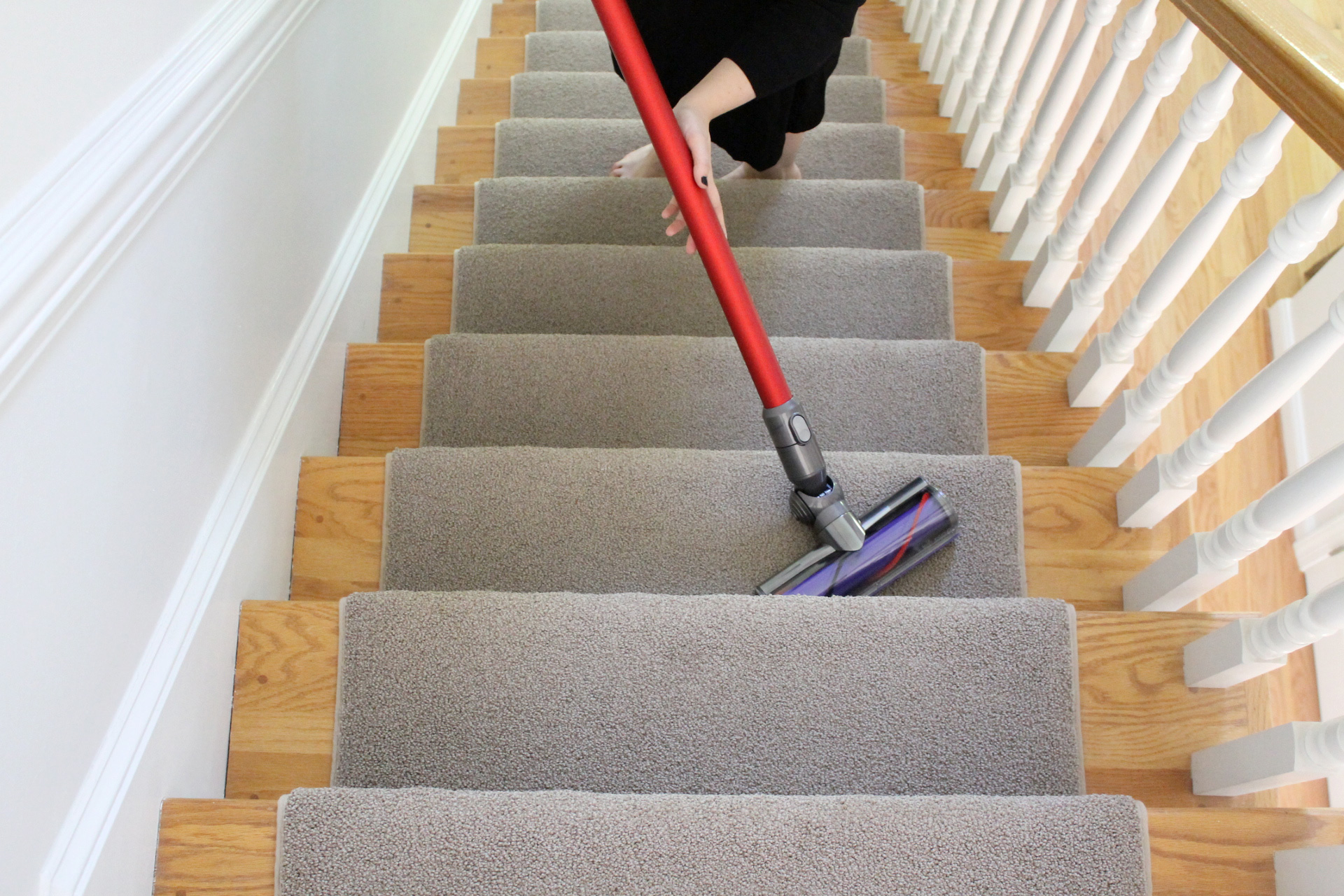 Parenting Must-Have: Dyson V6 AbsoluteCord-Free Vacuum