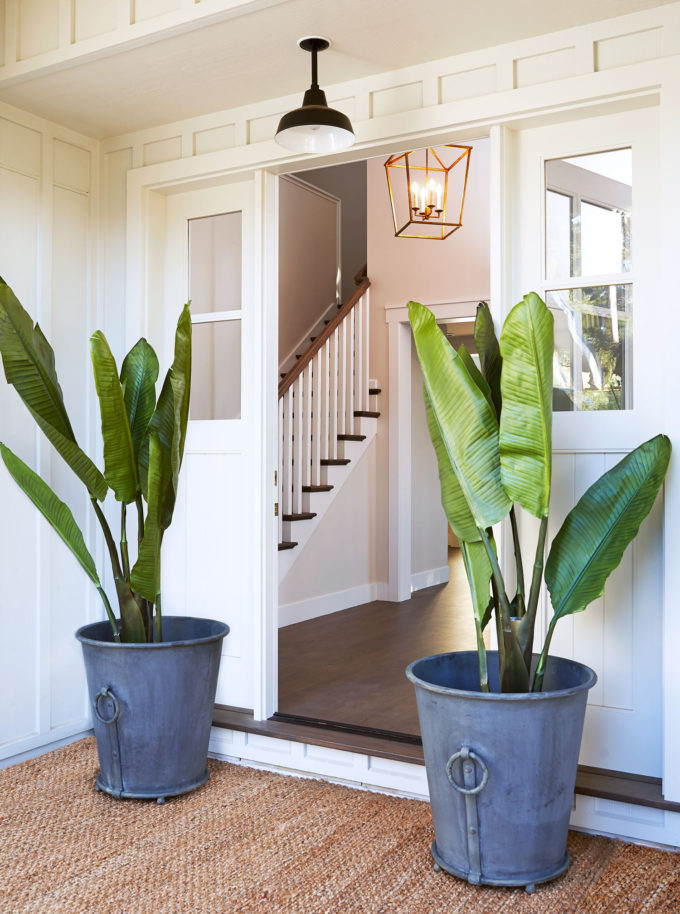 A Renovated Family Farmhouse in Woodside - Entryway