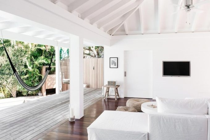 Villa Palmier Beach House in St. Barts - White Living Room