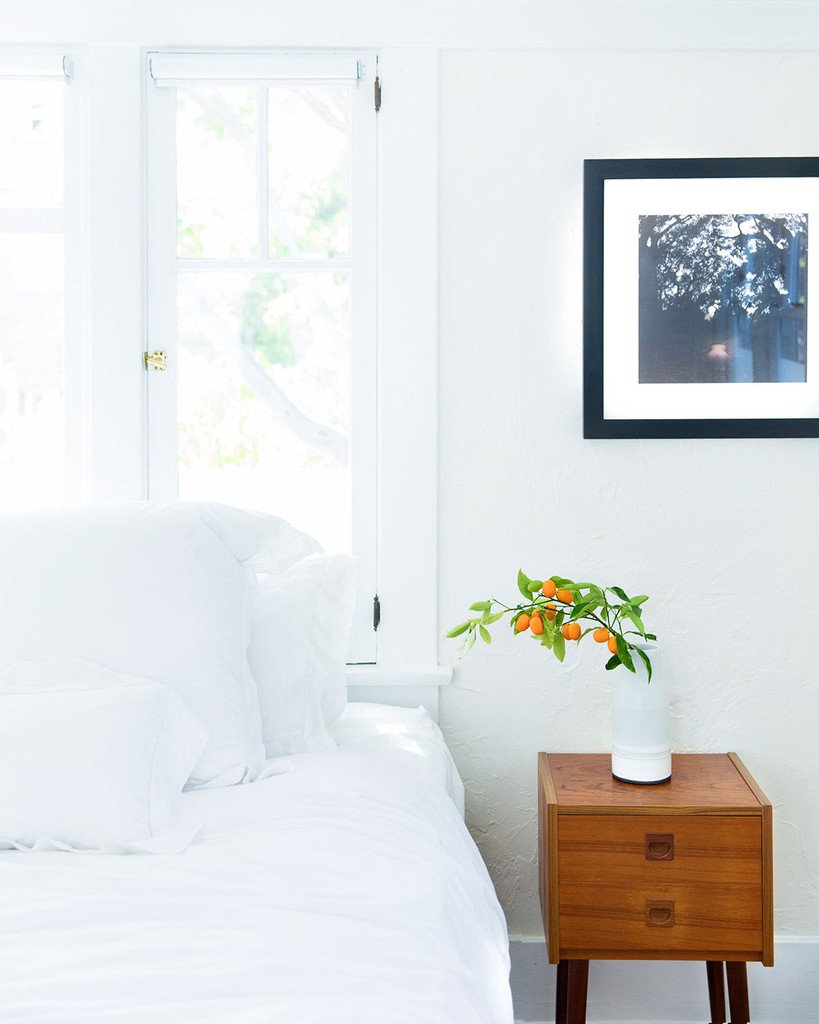 A Simple Way to Brighten Your Bedroom for Summer (Greenery Kumquats by the Bed)
