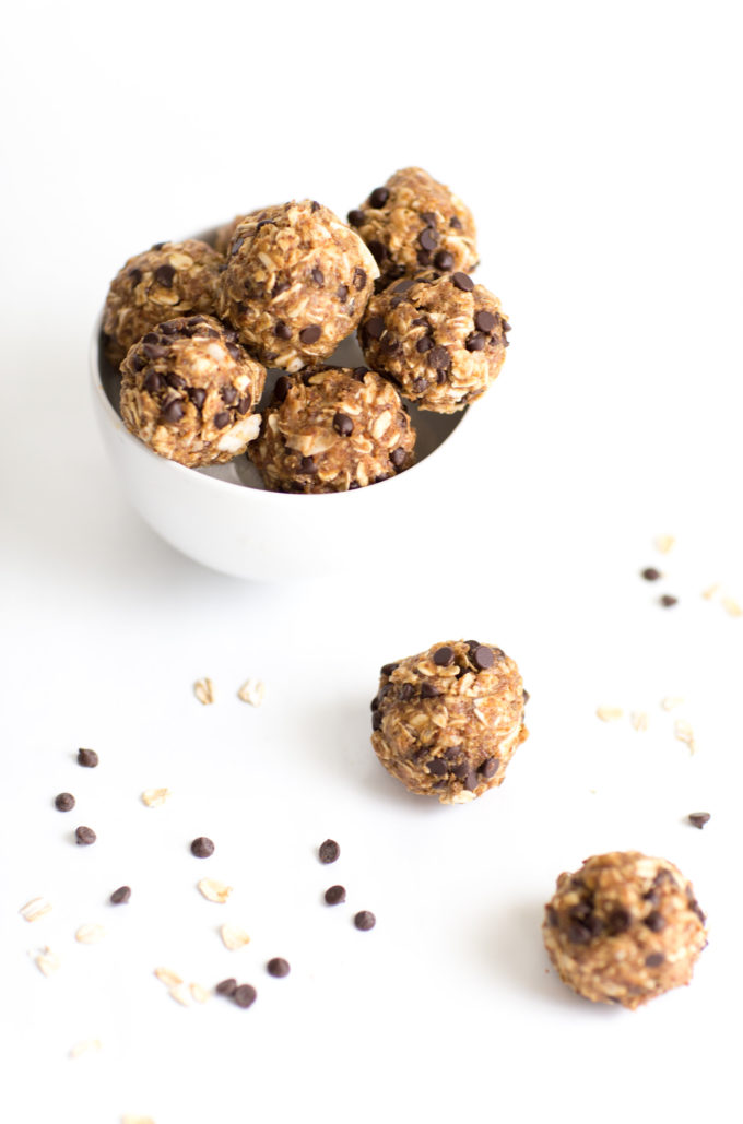 How to make the easiest (yummiest) no-bake healthy energy cookie bites (a.k.a., a guilt-free, dairy-free, and gluten-free way to snack happy!) Psst ... kids LOVE this recipe.