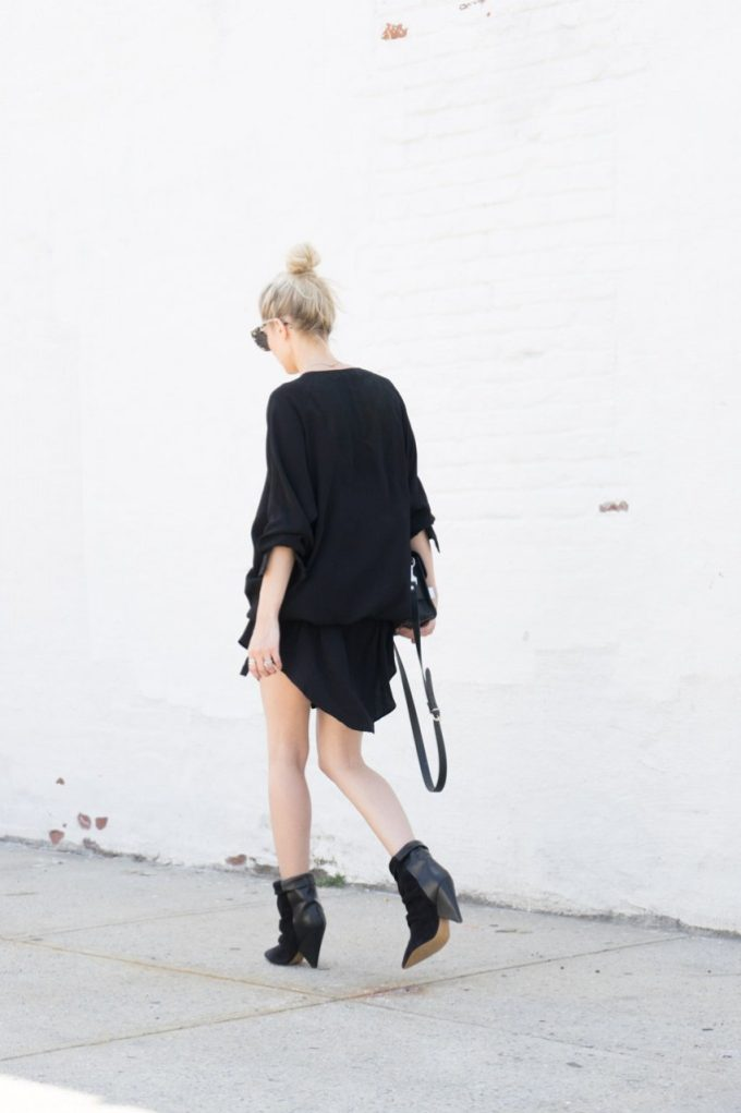 The Best Ways to Wear Boots Before It Gets Chilly (Heeled Booties paired with a loose tunic shirtdress pulled in at the waist)