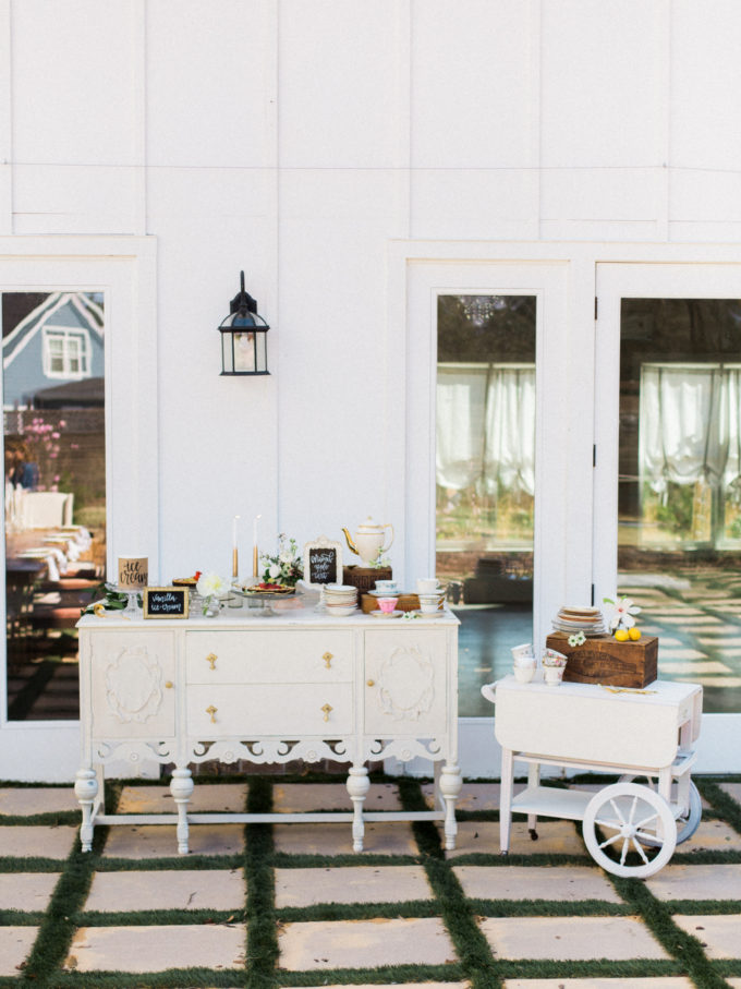 Outdoor Styled Southern Dinner Party - Behind-the-Scenes of a Styled Shoot (Dessert Station)